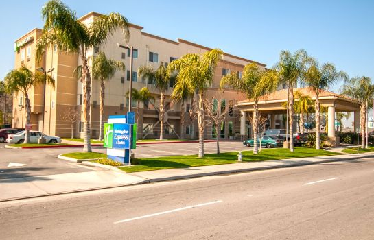 Außenansicht Holiday Inn Express & Suites BAKERSFIELD CENTRAL