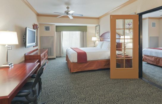 Suite Holiday Inn Express & Suites BAKERSFIELD CENTRAL