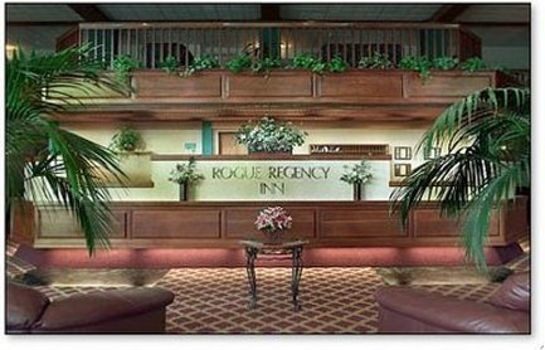 Hol hotelowy Rogue Regency Inn and Suites