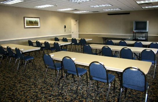 Conference room C' Mon Inn Thief River Falls
