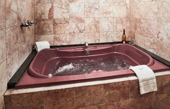 Jaccuzi Kings Port Inn