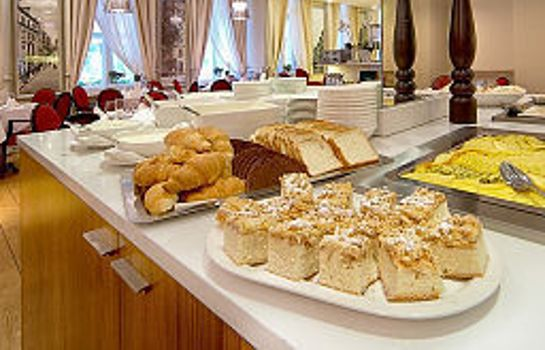 Breakfast buffet Opera Hotel & Spa