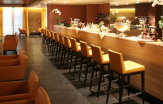 Bar de l'hôtel Golden Tulip Plaza Caserta