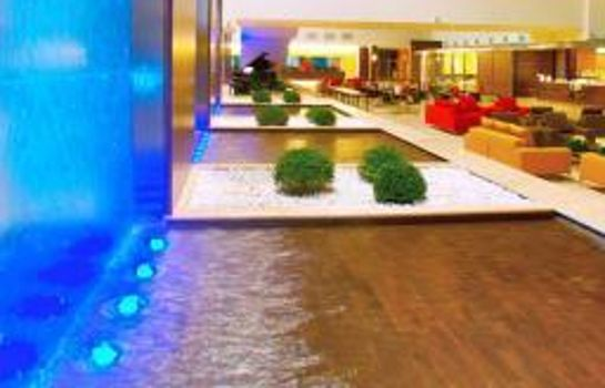 Hall de l'hôtel Golden Tulip Plaza Caserta