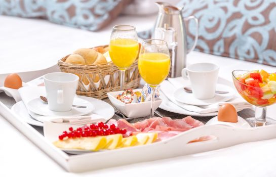 Breakfast room Thermae 2OOO Wellness Resort (Free Entrance Wellness)