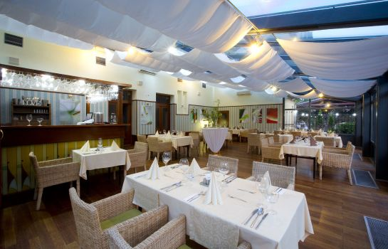 Restaurant Hotel Golden Eagle****