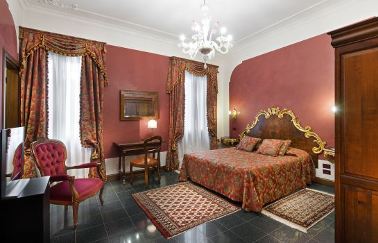 Chambre quadruple Sancassiano Residenza d´Epoca Ca Favretto