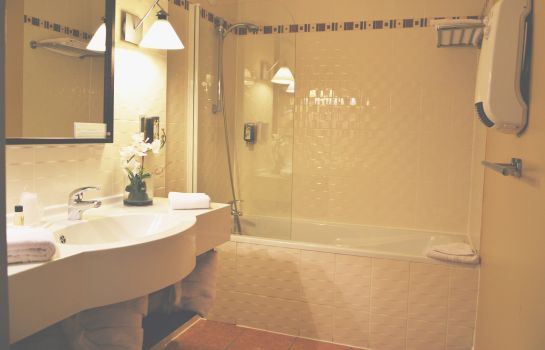 Bagno in camera La Villa du Lac Hotels