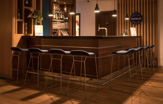 Hotel bar Holiday Inn Express STUTTGART AIRPORT