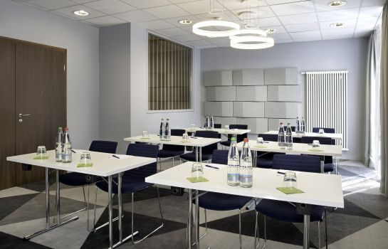 Conference room Holiday Inn Express STUTTGART AIRPORT
