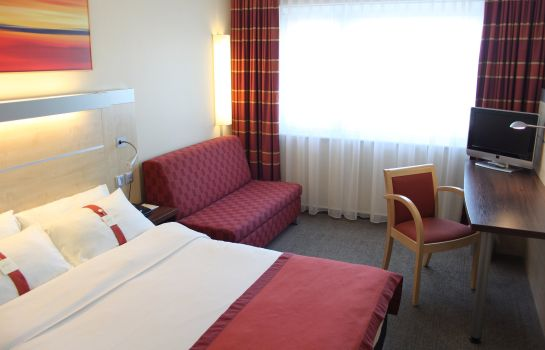 Zimmer Holiday Inn Express STUTTGART AIRPORT