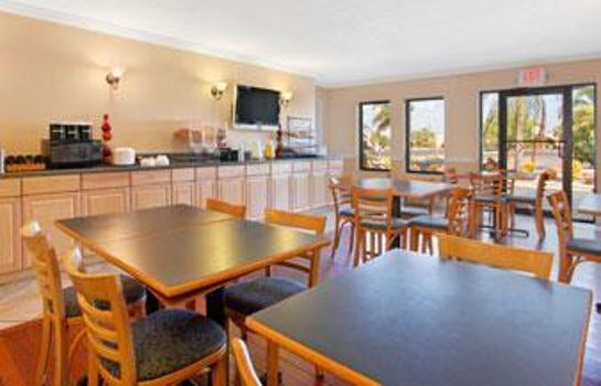 Restaurant Travelodge by Wyndham Fort Myers