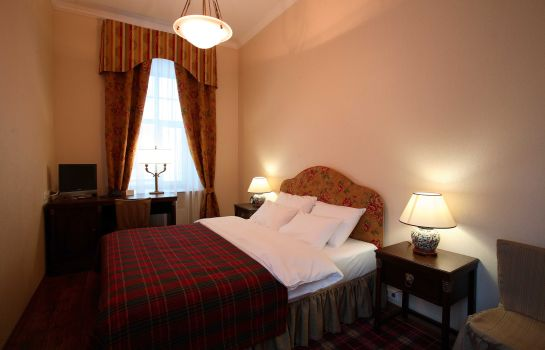 Double room (standard) Lancaster Court Hotel