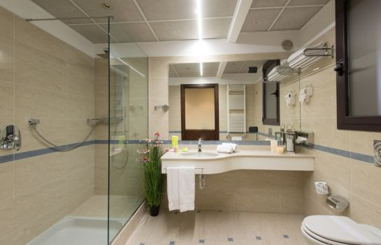Bagno in camera As Hotel Cambiago