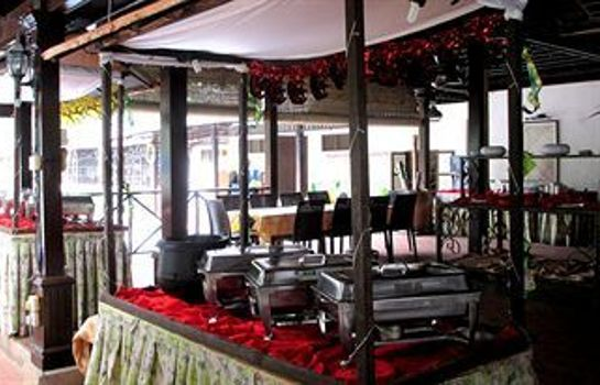 Restaurant Le Village Beach Resort Kuantan