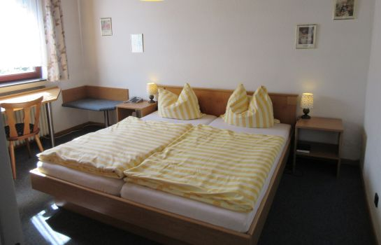 Chambre double (standard) Elim Hotel