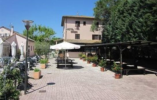 Exterior view Green Assisi