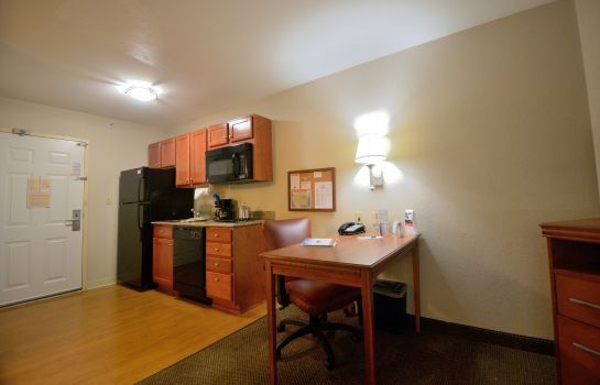 Camera Candlewood Suites SECAUCUS - MEADOWLANDS