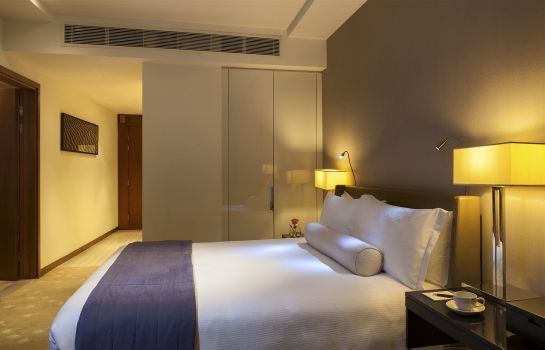 Room InterContinental Hotels RESIDENCE SUITES DUBAI F.C