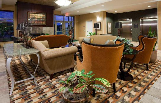 Lobby Holiday Inn & Suites GREEN BAY STADIUM