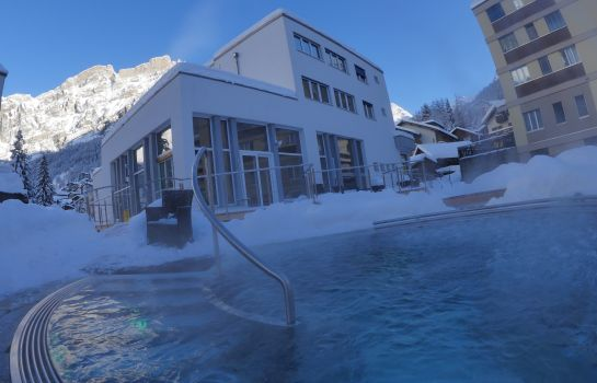 Whirlpool Therme 51° Hotel Physio & SPA