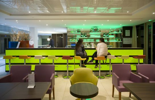Hotel-Bar Holiday Inn Express PARIS - CANAL DE LA VILLETTE