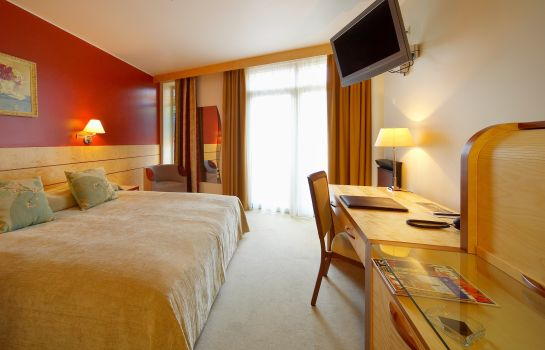 Chambre double (standard) Royal Square Hotel & Suites