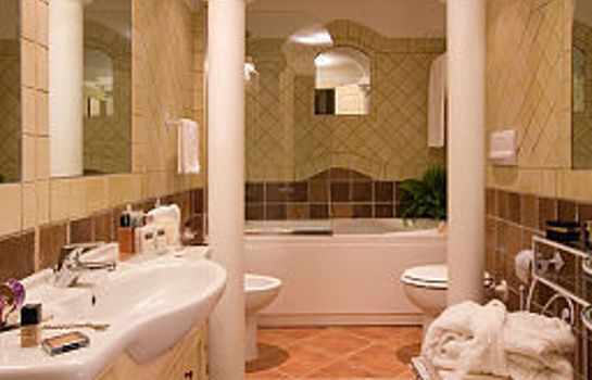 Badezimmer Colonna Resort ITI Hotels