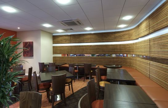 Hotel bar Holiday Inn Express SLOUGH