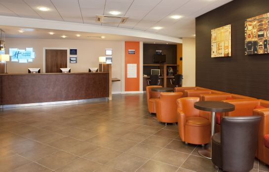 Lobby Holiday Inn Express SLOUGH