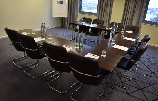 Conference room Holiday Inn Express SLOUGH