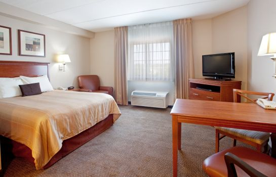 Zimmer Candlewood Suites COLUMBIA-FT. JACKSON