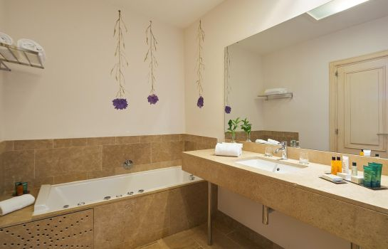 Bathroom Hilton Sa Torre Mallorca Resort