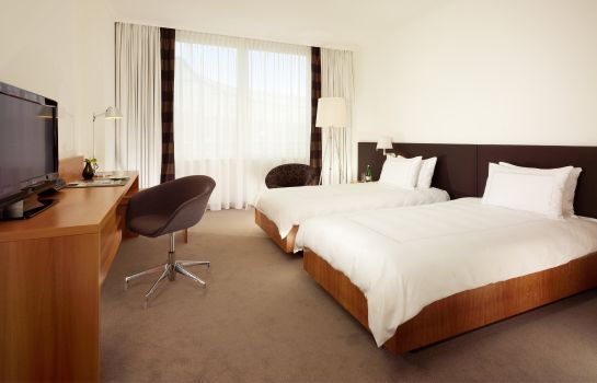 Single room (standard) Swissotel