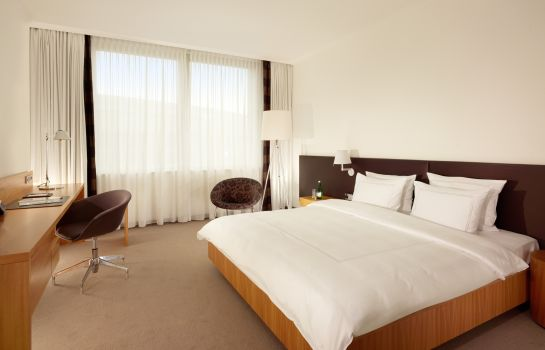 Double room (superior) Swissotel