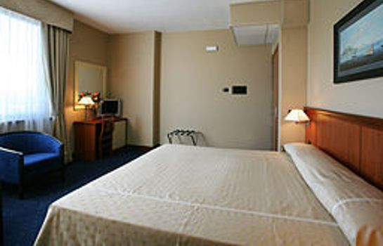 Zimmer Olimpia Hotels