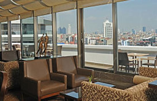 Hotel bar Titanic City Hotel Taksim