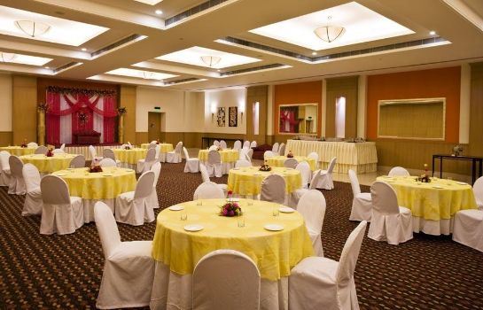 Conference room Lemon Tree East Delhi Mall