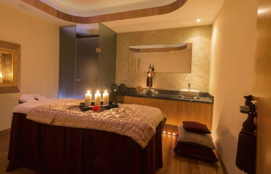 Massageruimte Constantinou Bros Athena Royal Beach Hotel