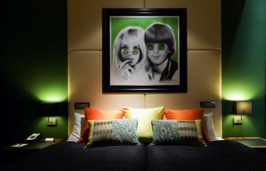 Doppelzimmer Komfort Hard Days Night