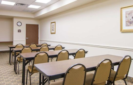 Conference room Comfort Inn & Suites Airport