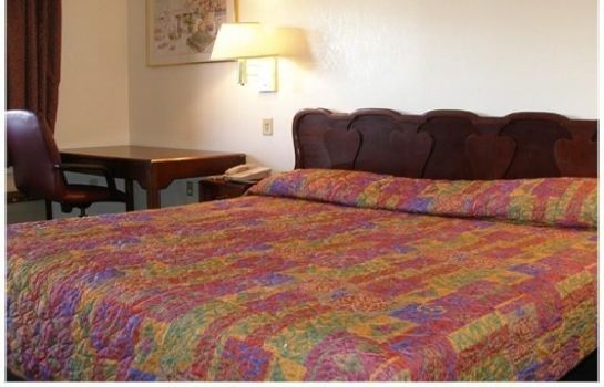 Chambre RALHV - RED CARPET INN HUNTSVILLE