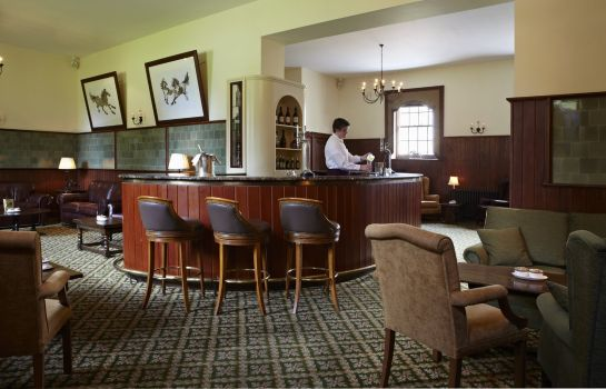 Bar del hotel Golf and Spa Luton Hoo Hotel