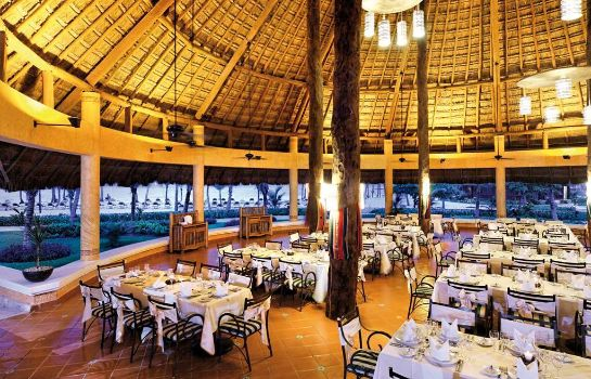 Restaurant Barceló Maya Colonial