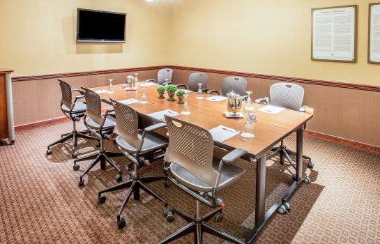 Conference room Crowne Plaza MILWAUKEE WEST