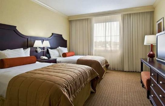 Zimmer Embassy Suites by Hilton Tampa-Brandon
