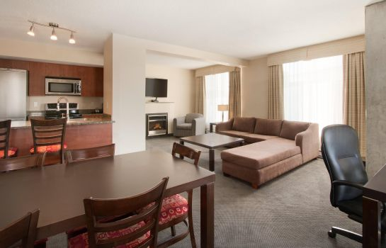 Room Embassy Suites by Hilton Montreal