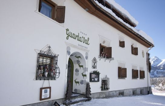 Außenansicht Engadiner Boutique-Hotel GuardaVal