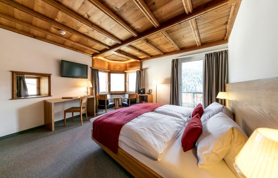 Doppelzimmer Komfort Engadiner Boutique-Hotel GuardaVal