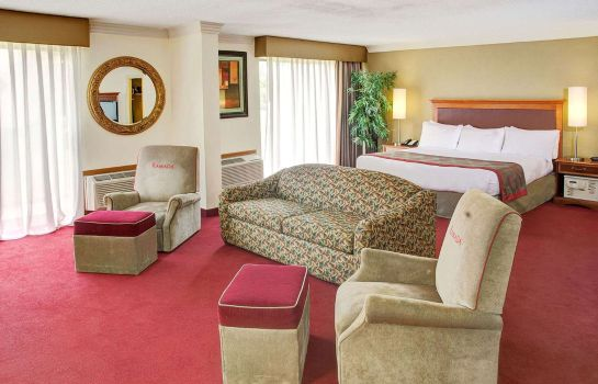Suite RAMADA IAH AIRPORT EAST